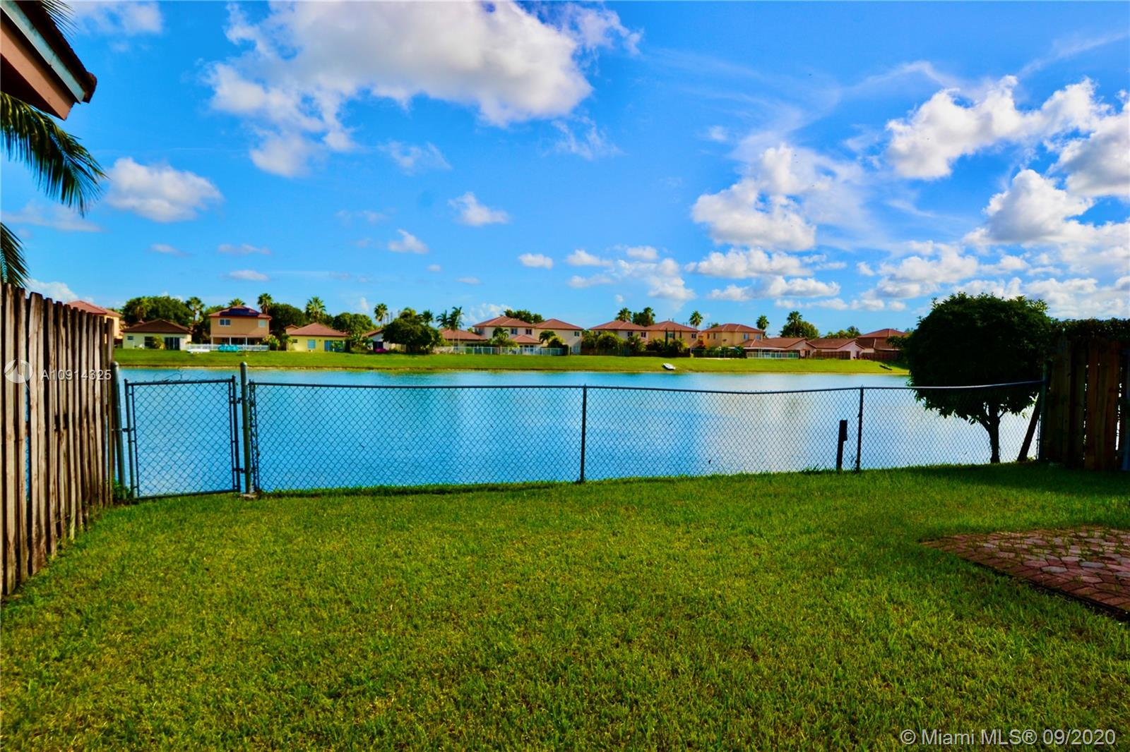 12159 SW 137th Ter  For Sale A10914325, FL
