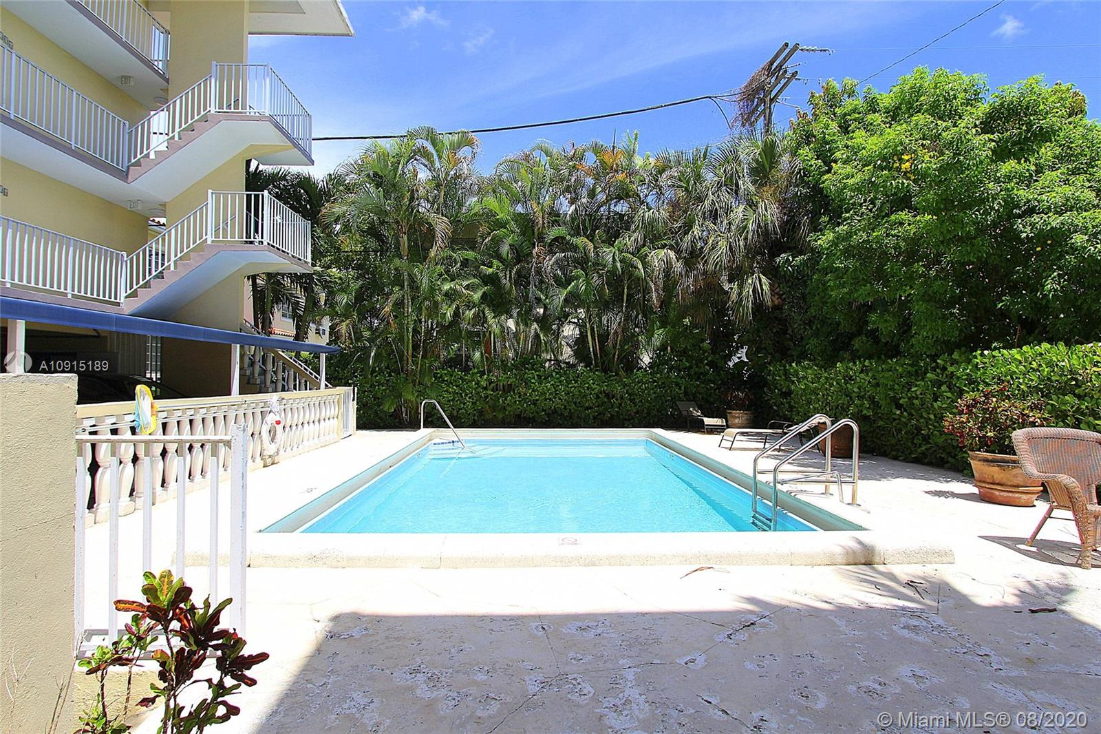 427  Santander Ave #405 For Sale A10915189, FL