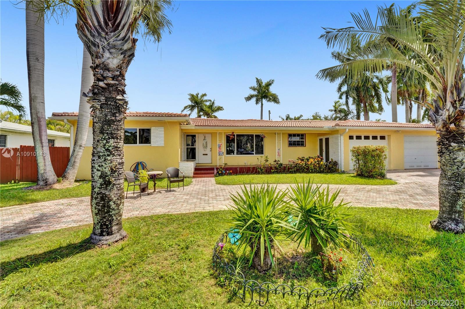 918  Hollywood Blvd  For Sale A10910143, FL