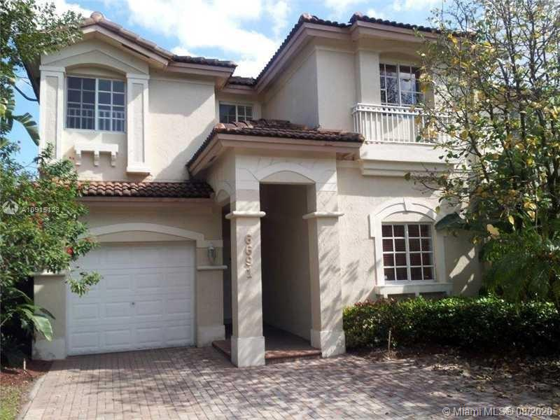 6691 NW 107 CT  For Sale A10915123, FL