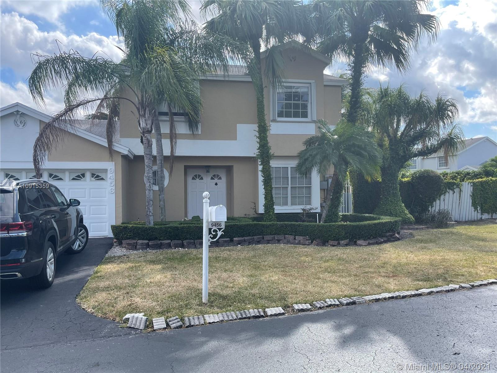 9456 SW 145th Ct  For Sale A10915359, FL