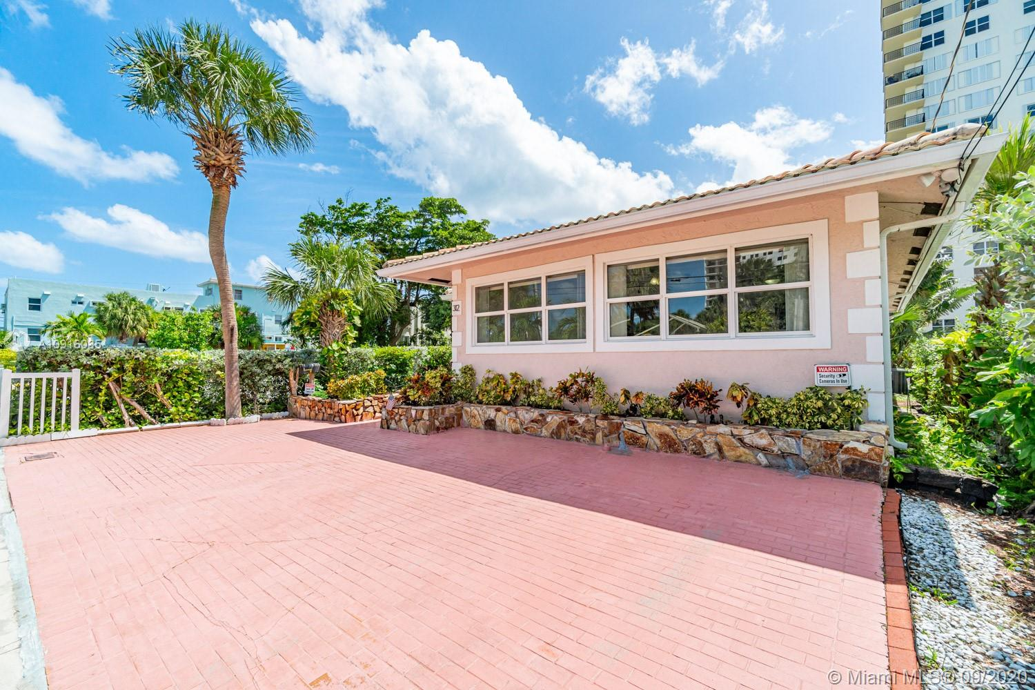 312  Bouganvilla Ter  For Sale A10916035, FL