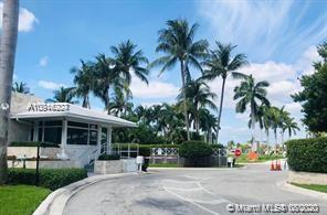 50  Park Dr #2 For Sale A10916227, FL