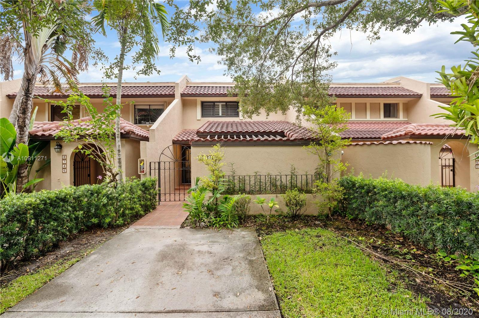 3748  Alcantara Ave #70-E For Sale A10911271, FL