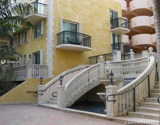 8888  COLLINS AV #316 For Sale A10916320, FL