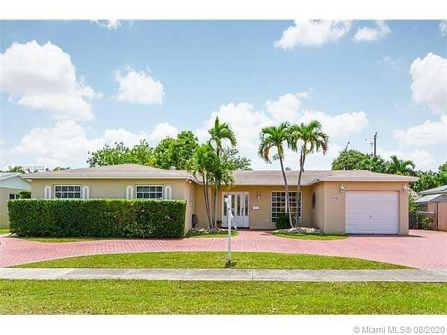 9700 SW 106th Ct  For Sale A10915012, FL