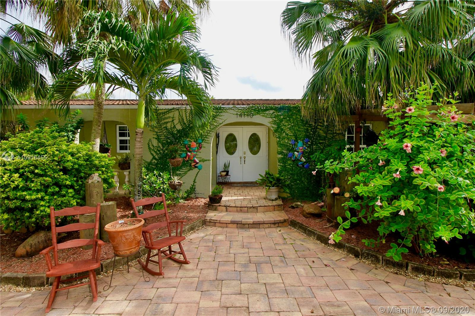 14110 SW 15th Ct  For Sale A10916455, FL