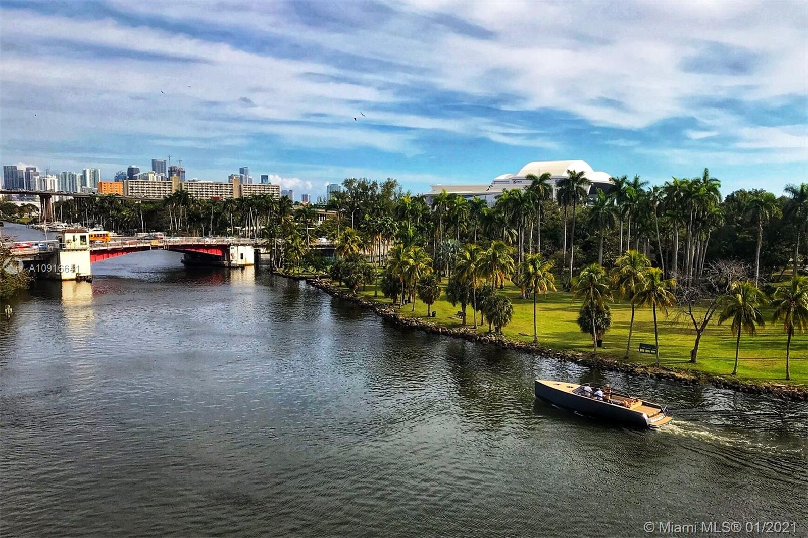 1720  Nw N River Dr #601 For Sale A10916641, FL