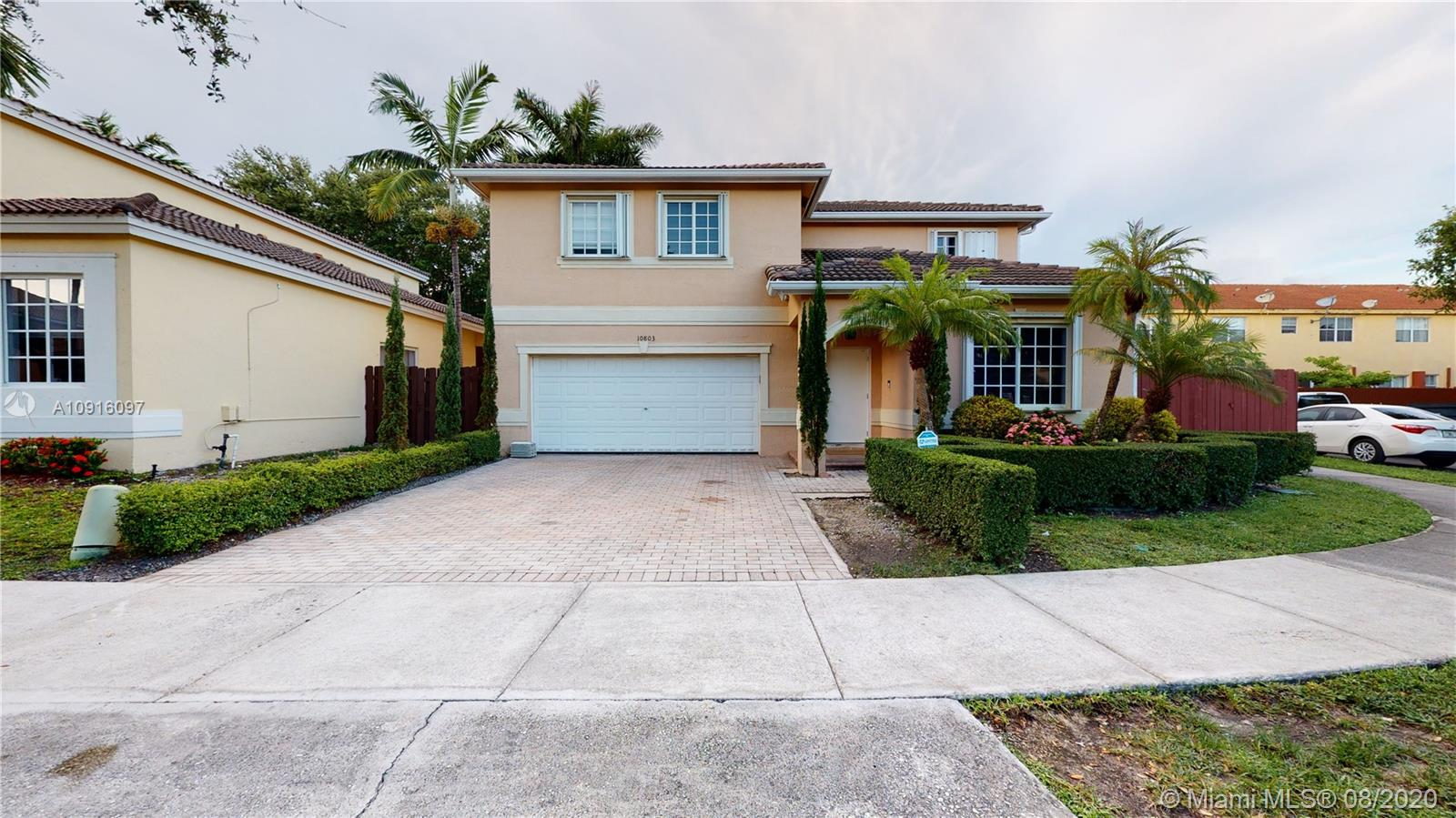 10803 NW 53rd Ln  For Sale A10916097, FL