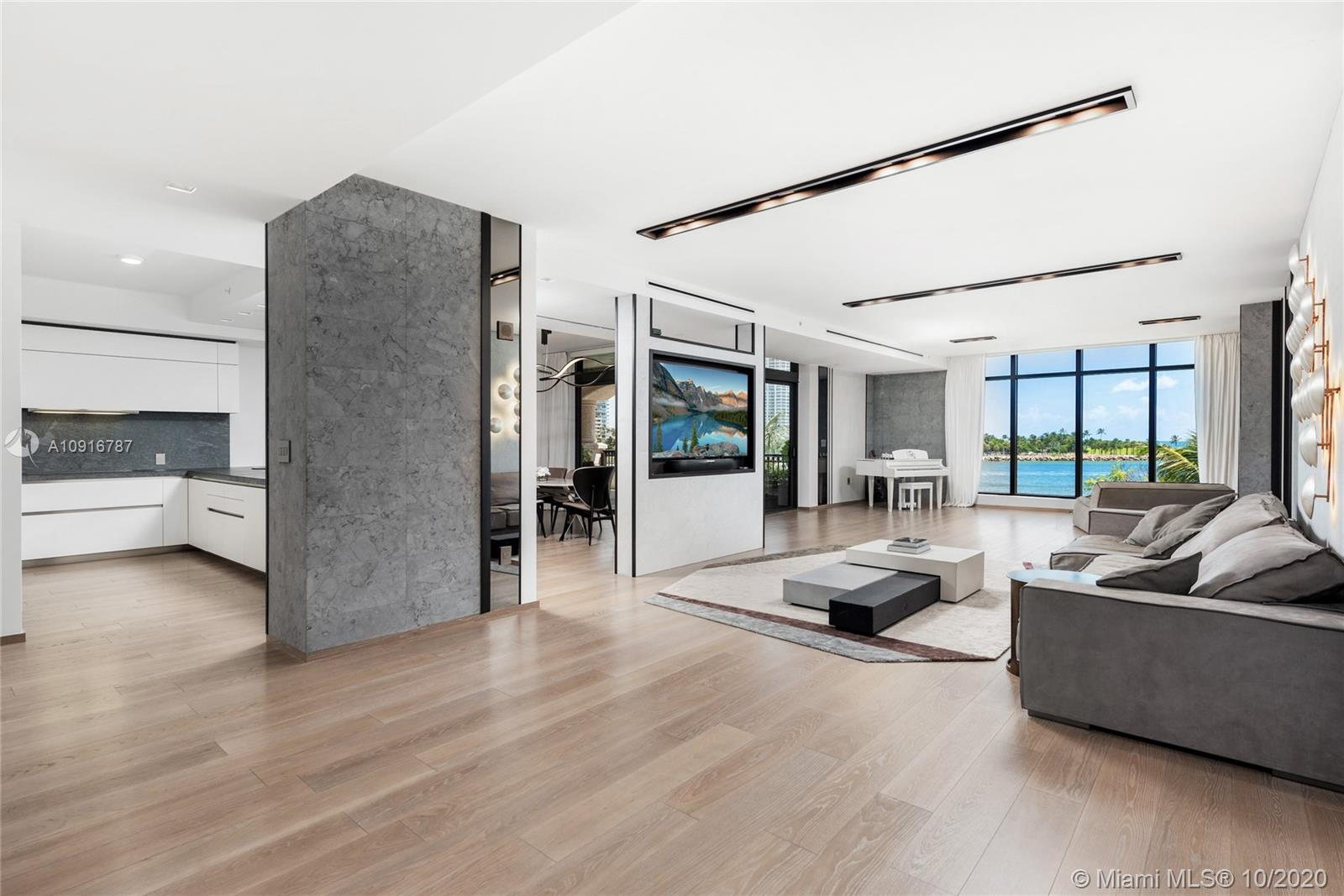 7035  Fisher Island Dr #7035 For Sale A10916787, FL