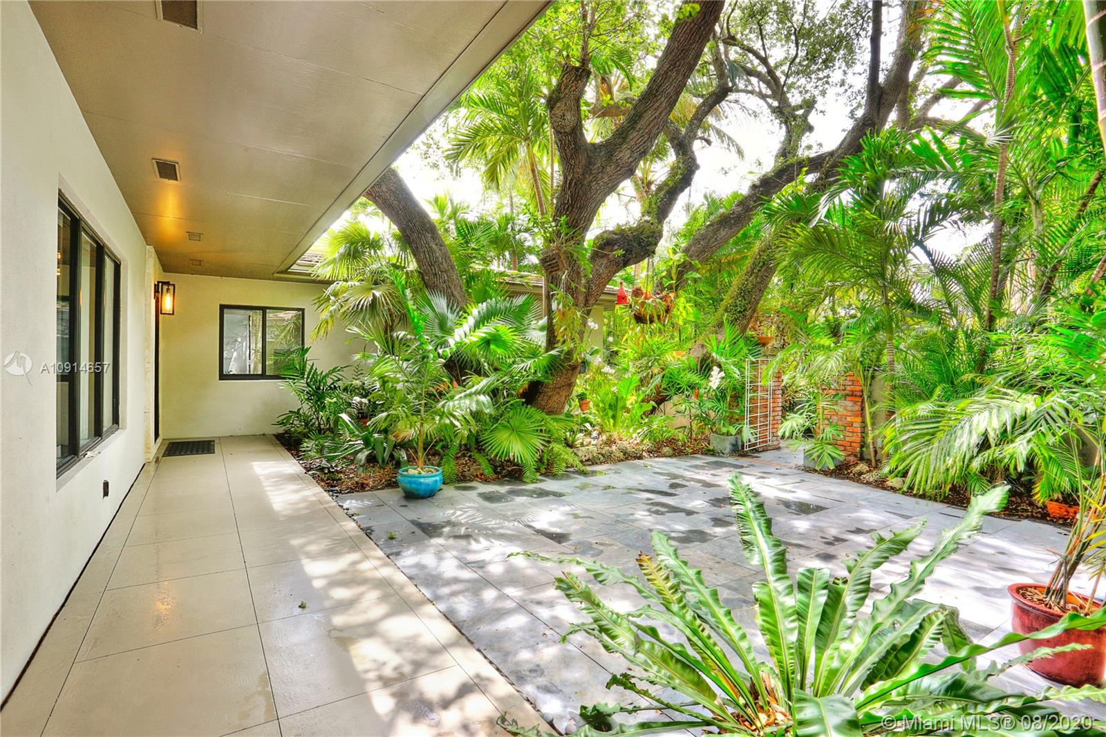 151  Edgewater Dr  For Sale A10914657, FL