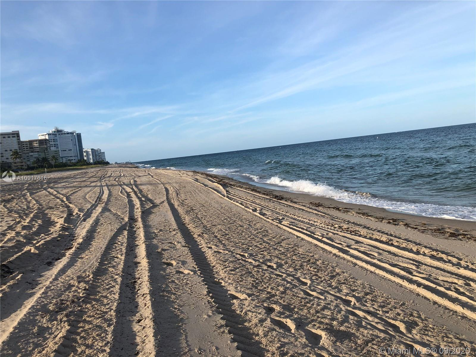 BEAUTIFULLY RENOVATED UNIT. SPACIOUS, BRIGHT OPEN LAYOUT, WALK TO THE BEACH (LESS THAN 300 STEPS FROM DOOR TO OCEAN). WALKING DISTANCE TO THE CENTER OF LAUD BY THE SEA DOWNTOWN, BEACH, SHOPS AND GROCERY STORES. RELAXED ATMOSPHERE. SEASONAL RENTAL (OCTOBER, NOVEMBER, DECEMBER AND JANUARY AVAILABLE) MINIMUM 2 MONTHS. OFF-SEASON RENTAL (MAY, JUNE, JULY, AUGUST, SEPTEMBER AVAILABLE) CONTACT AGENT FOR YEARLY OR OFF-SEASON RENTAL PRICE. NO TENANT SUBLEASING ALLOWED.