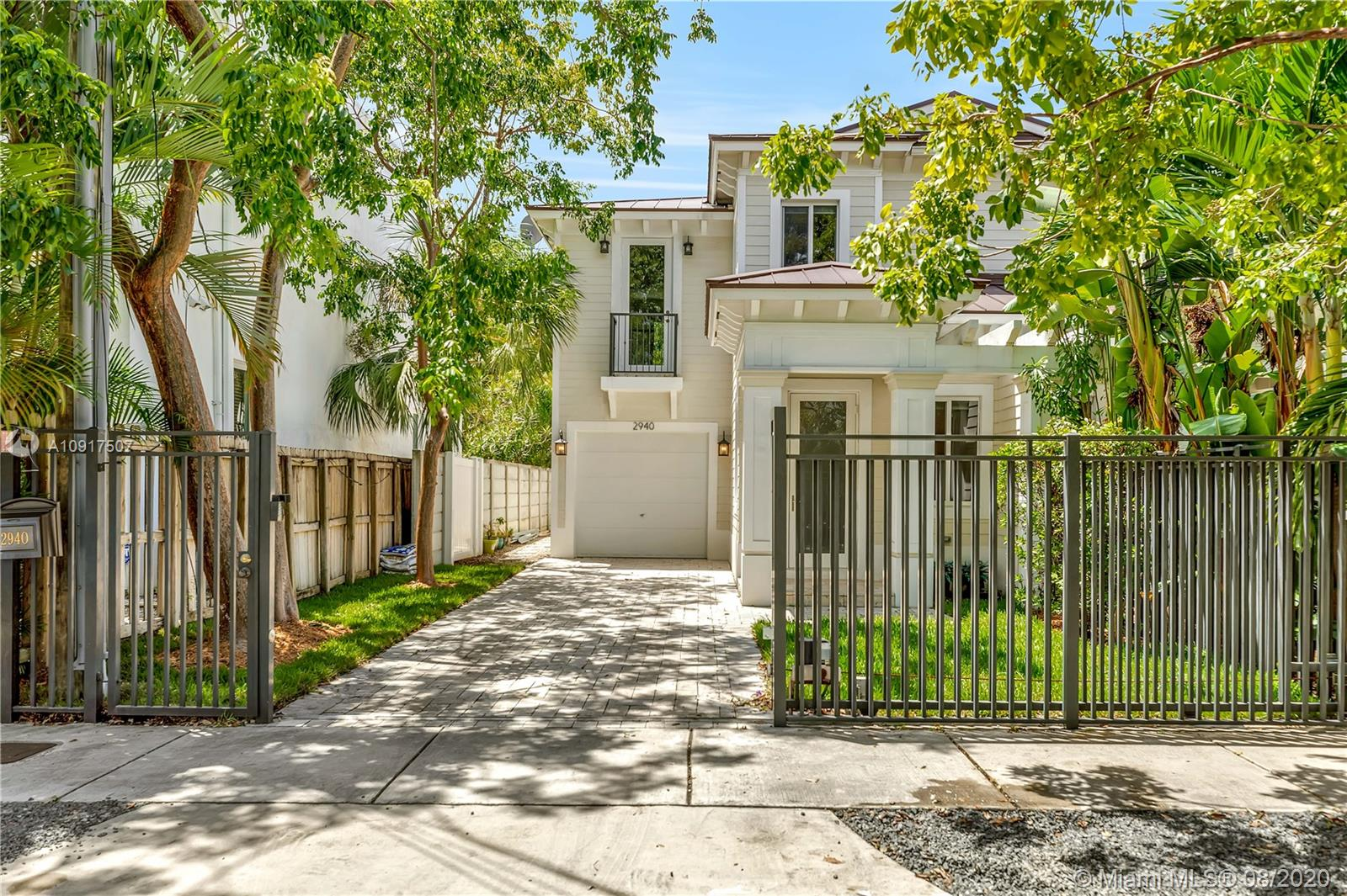 Welcome to Key West in Coconut Grove! This stunning 2015 Construction 3bed/2.5bath Townhouse with 2464 sqft of living space & private pool features: Italian tile floors downstairs & hardwood floors in the upstairs bedrooms.  Entertain in your spacious living area which flows directly through French doors into your private indoor/outdoor living space & pool. Modern open concept kitchen opens towards your dedicated dining area. Upstairs enjoy your spacious master suite w/huge master closets, spa retreat bathroom w/double sinks, Jacuzzi tub & shower. Both second & third bedrooms are ample size w/private closets & access to the second bathroom. Private gated garage, lush landscaping & private cul-de-sac complete this dream home. Feels like a house & walking distance to shops & restaurants.