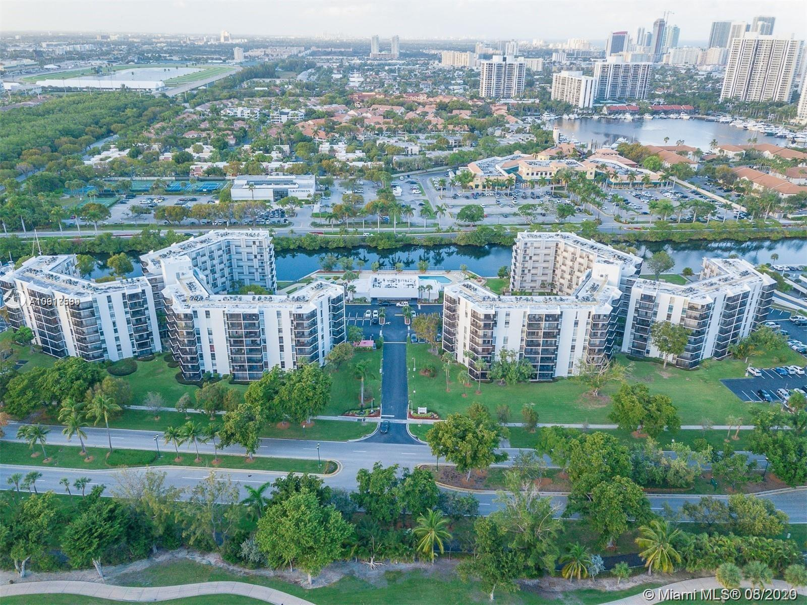 3401 N Country Club Dr #406 For Sale A10917589, FL