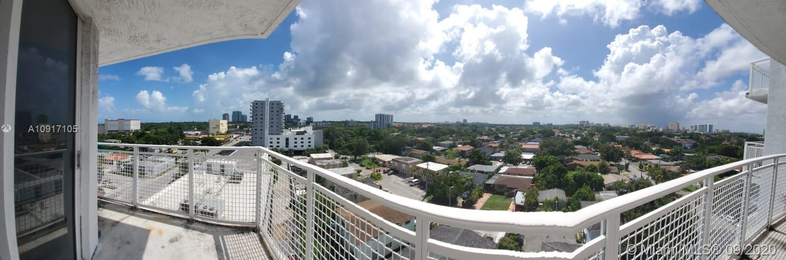 For Sale 1bed/1bath condo in GATEWAY TO THE GROVE CONDO, washer & dryer in the apartment. Tile in the Kitchen's floor and laminated water proofing flooring in the rest of the apartment,,Secured building with card entry system and intercom, parking garage, Lots of natural-lights, and panoramic views sunny balcony and city views. HOA Includes, Insurance, Cable, Water, Garbage, Security, Landscape and Common areas. Building offers an indoor pool and gym. 