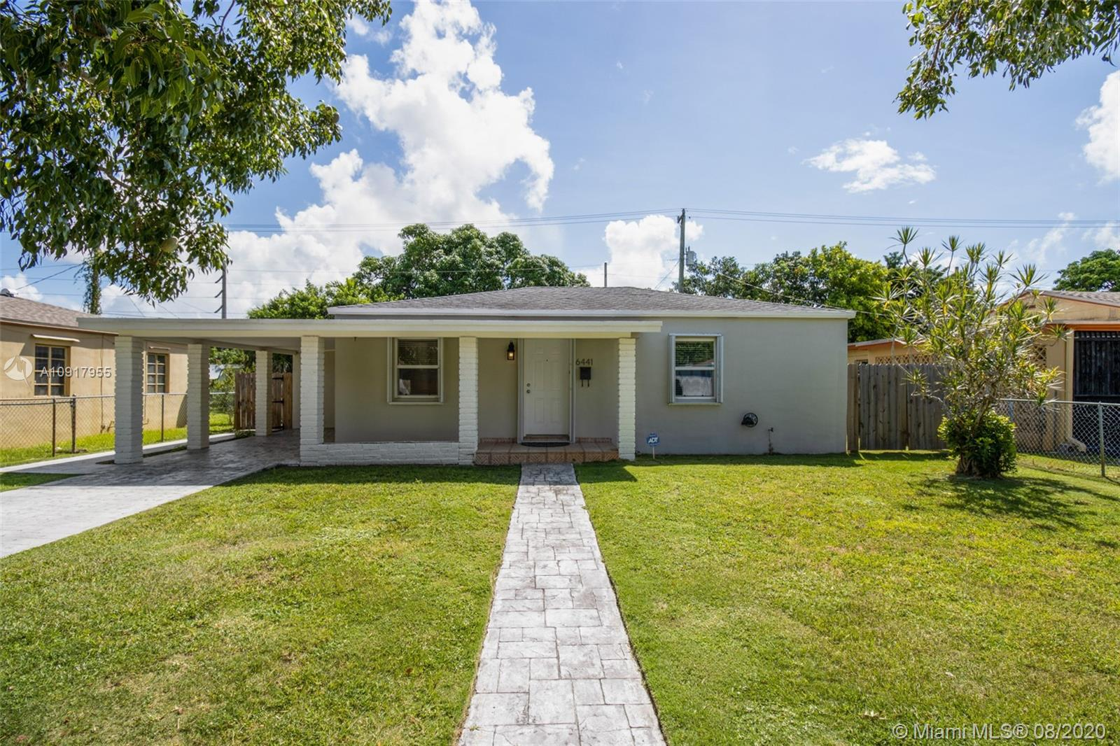 6441 SW 58th Ave  For Sale A10917955, FL