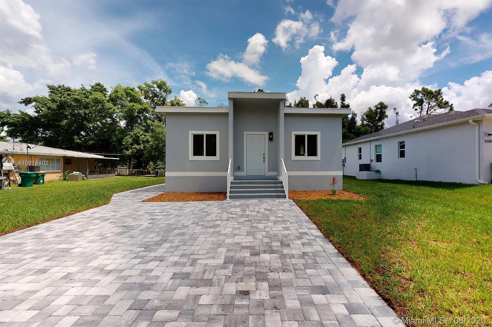 3083  Woodside Ave  For Sale A10918402, FL