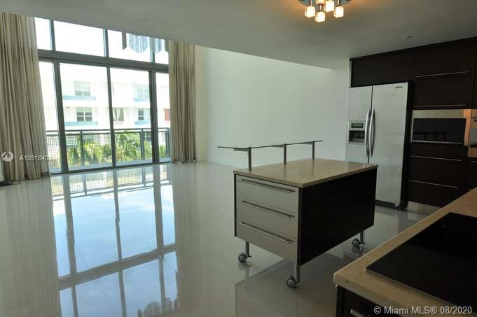 6000  Collins Ave #546 For Sale A10918407, FL