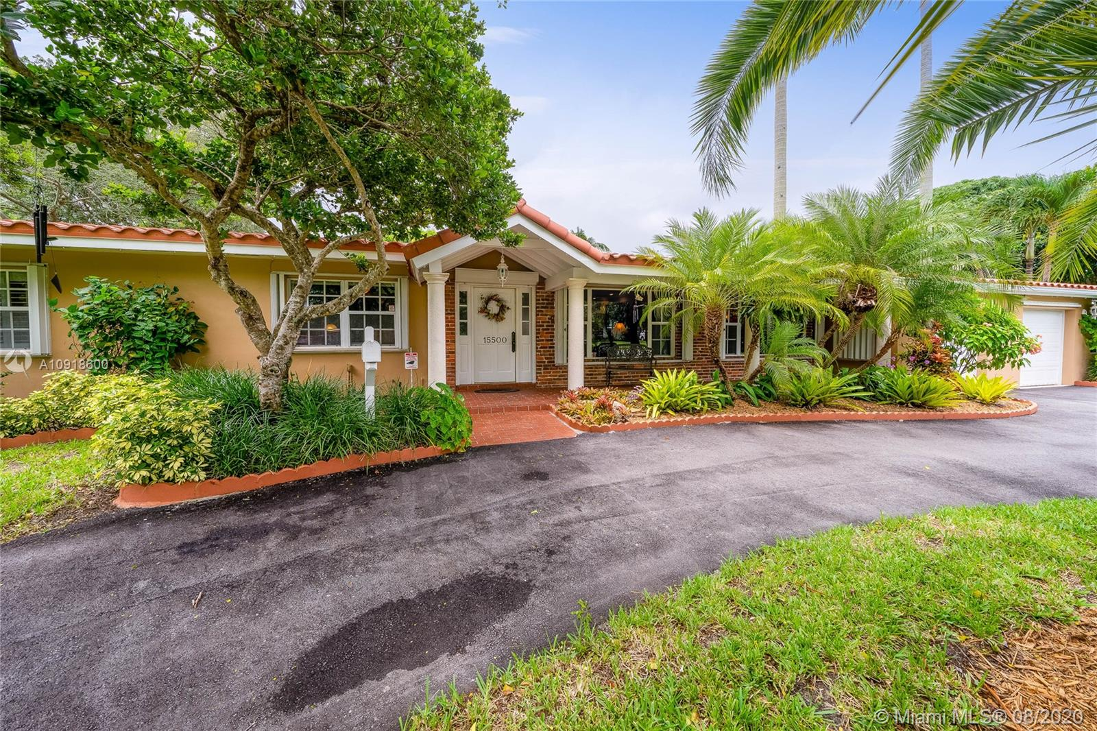 15500 SW 82nd Ct  For Sale A10918600, FL