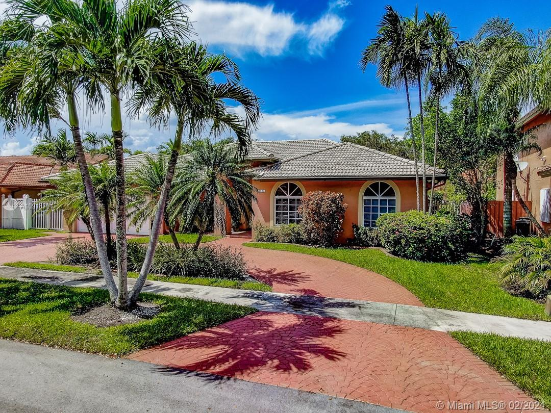 8533 NW 164th St  For Sale A10918791, FL