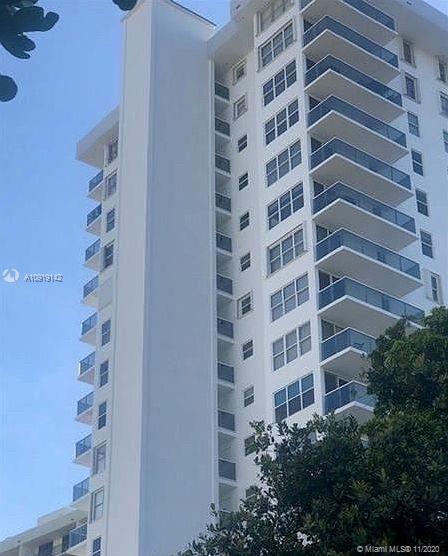 3015 N Ocean Blvd #10A For Sale A10919142, FL