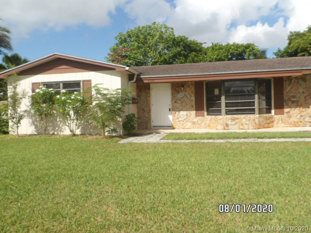 9700 SW 104th Ct  For Sale A10918927, FL
