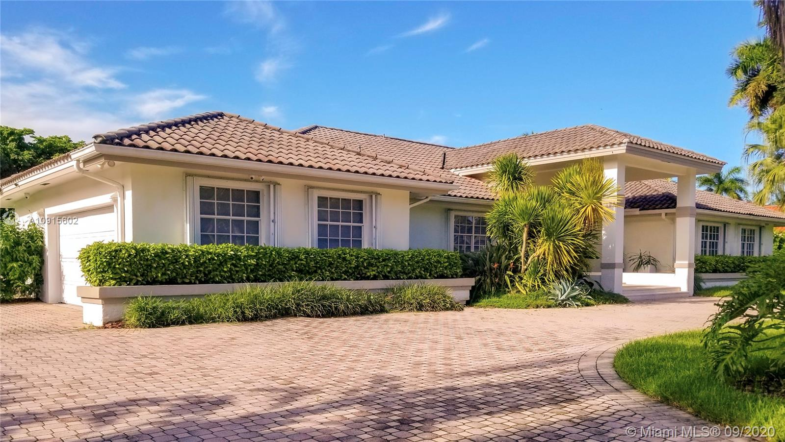8625 SW 113th Ter  For Sale A10915602, FL