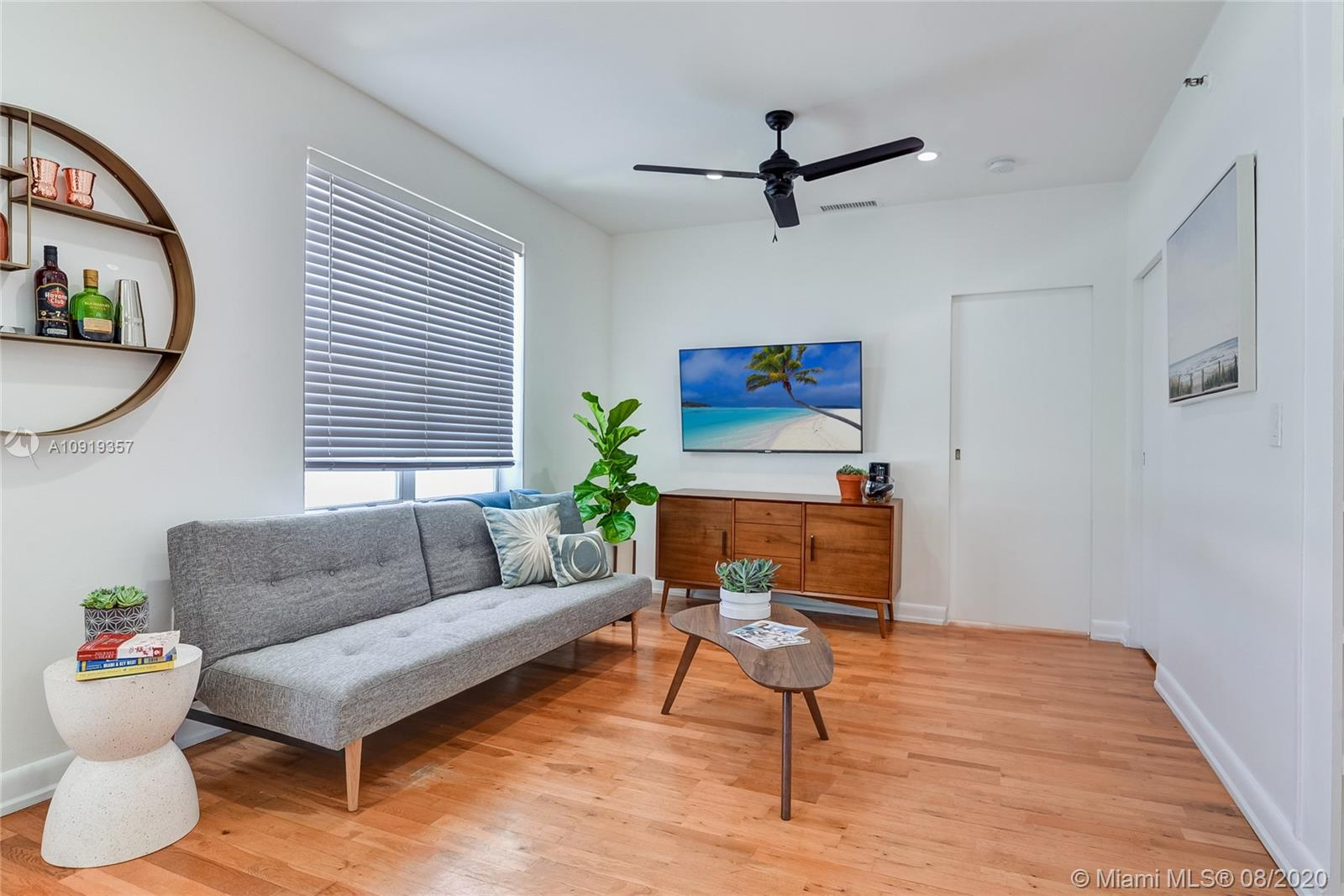 1502  Jefferson Ave #301 For Sale A10919357, FL