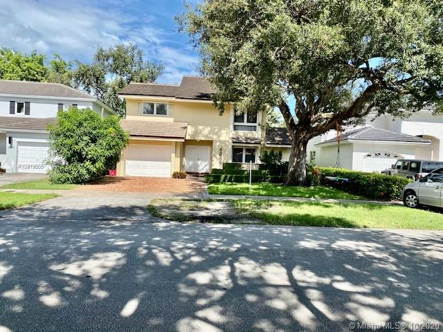 6865  Veronese St  For Sale A10919556, FL