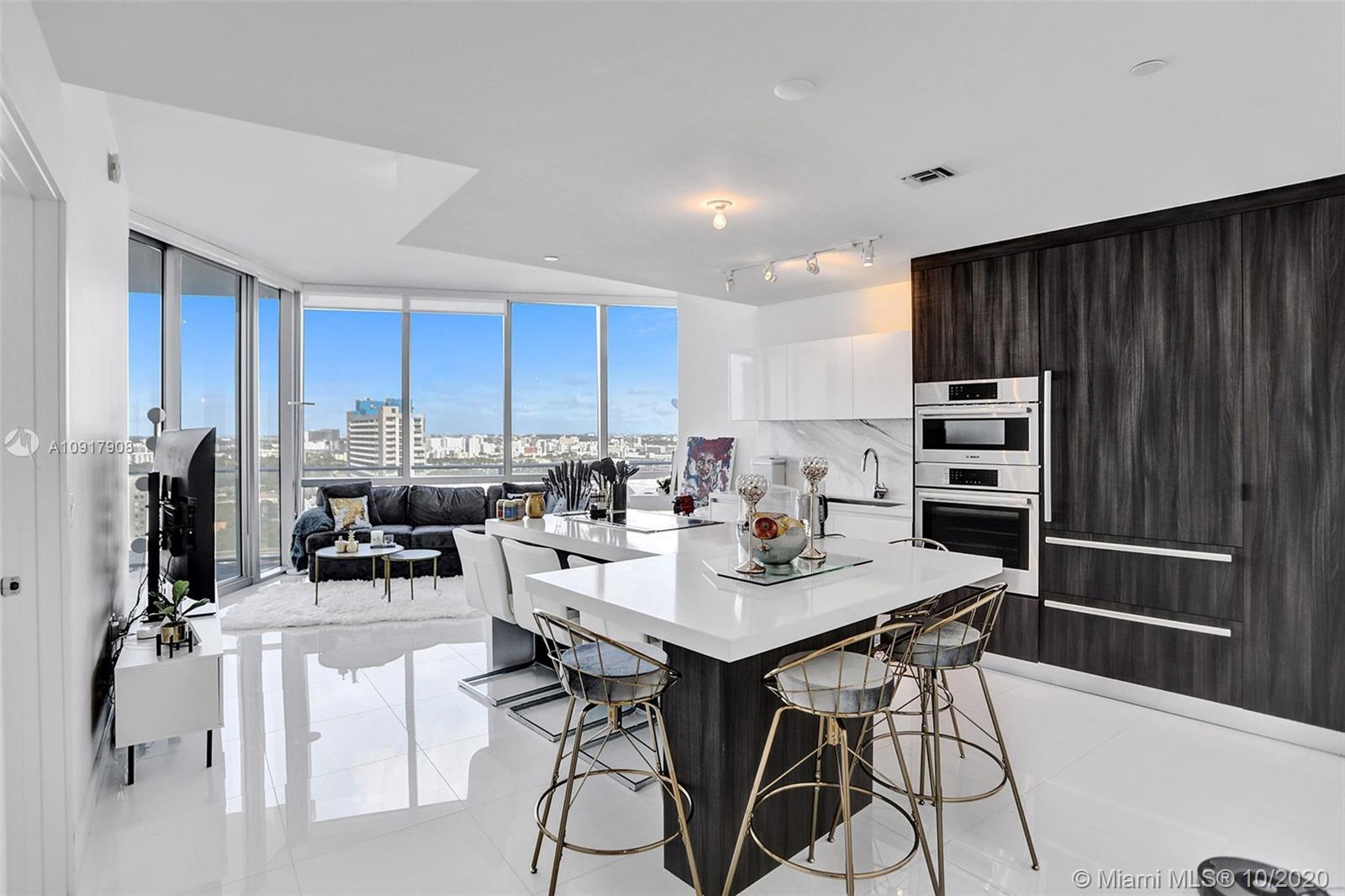 851 NE 1st Ave #2204 For Sale A10917908, FL