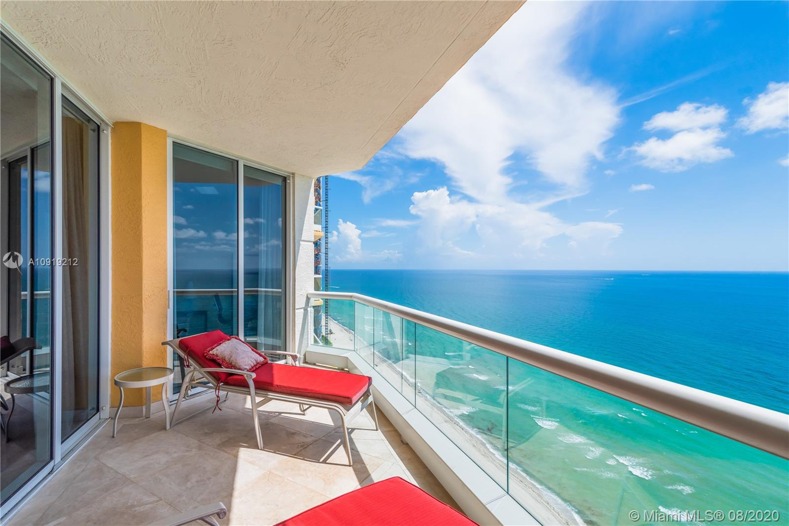 17875  Collins Ave #3305 For Sale A10919212, FL