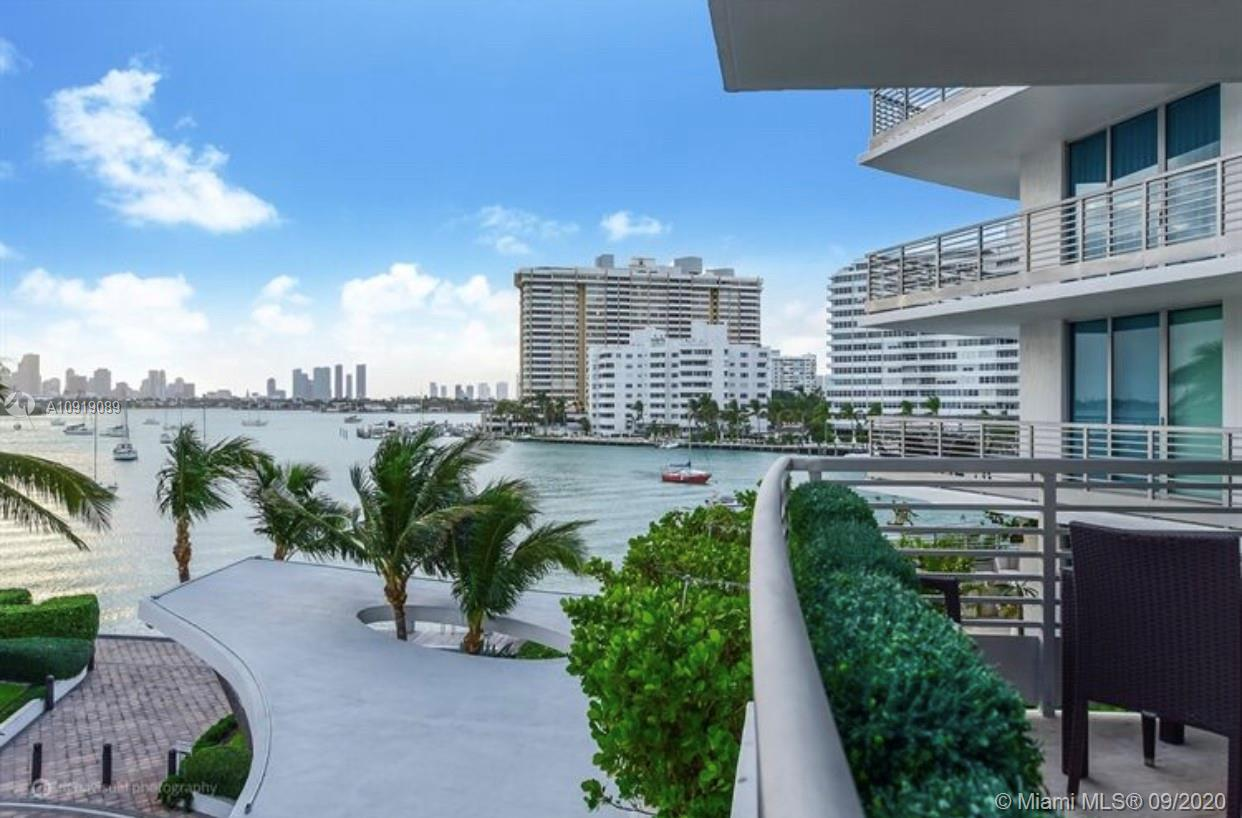"""PRICE TO SELL! Amazing opportunity , below appraised value. Spacious 2 bedrooms & 3.5 baths convertible to 3 bedrooms unit, Floor to ceiling impact windows, Poggenpohl kitchen & Bathroom Cabinetry, Wolf-Sub Zero appliances, at the exclusive and boutique condo in the heart of South Beach """"Capri"""", with breathtaking views of the bay and skyline with magical sunsets. State-of-the-art fitness Center, Private Spa facility, 24 hrs concierge, Valet and security. Private Marina, 34 Ft Boat slip available for sale."""