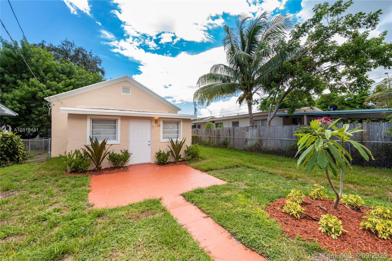 1186 NW 56 St  For Sale A10918481, FL