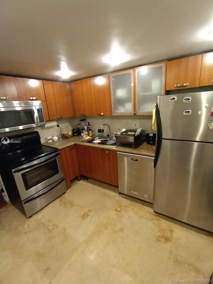 251  174th St #212 For Sale A10920642, FL
