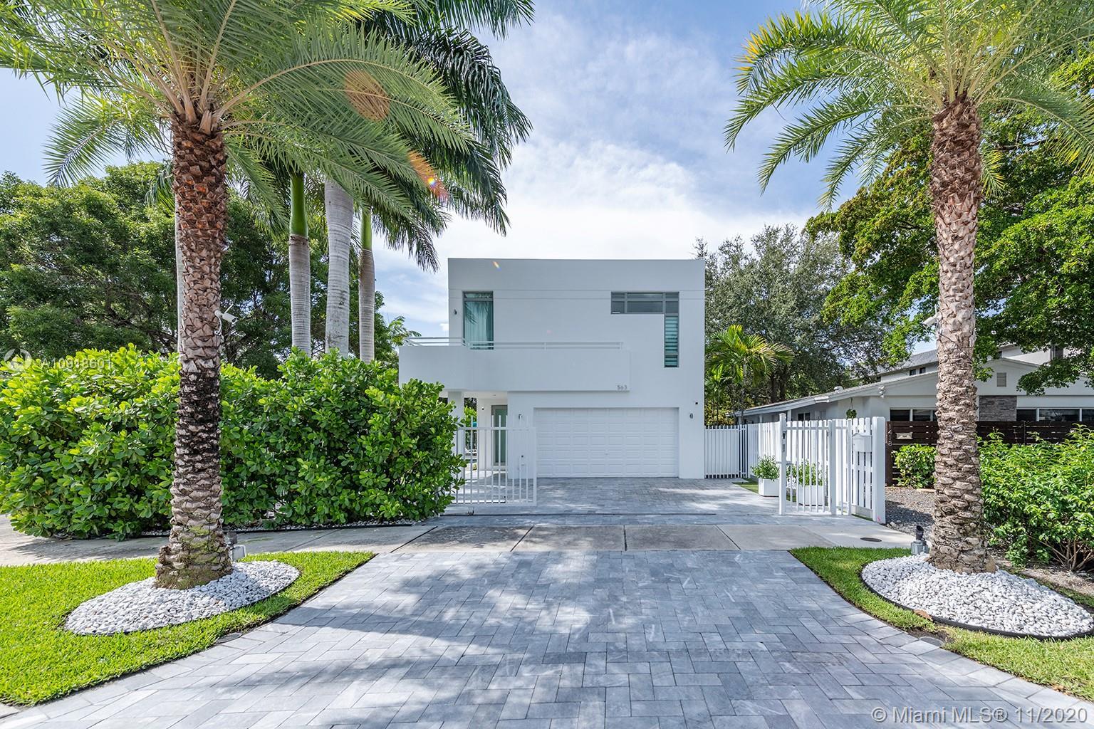 563 NE 15th Ave  For Sale A10918601, FL