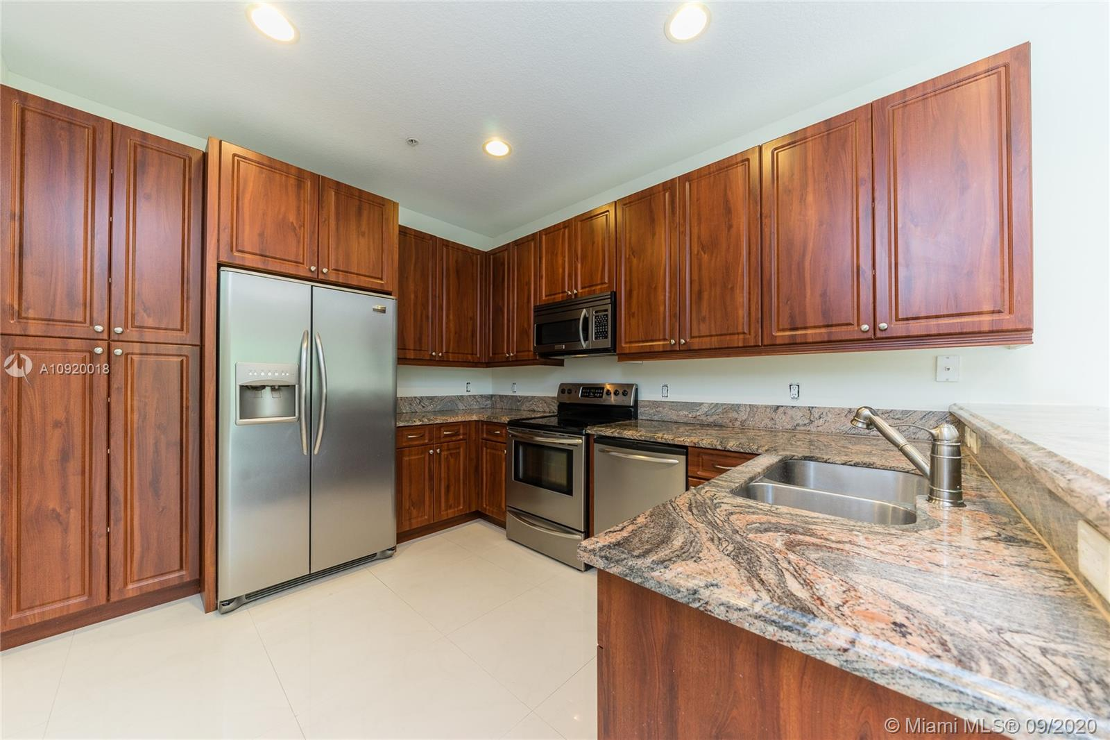 2955  Virginia St  For Sale A10920018, FL