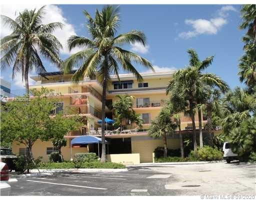 Great opportunity to own a studio on Bayshore Drive!! This unit features one bathroom with a small kitchen, closet and living space. Unit needs a full remodeling job. The building itself is one of the best locations in Coconut Grove, very walkable!! Short distance to Kennedy Park, Coral Reef & Biscayne Bay Yacht Clubs. Monty's, Starbucks & Sushi Maki are basically across the street. The building has, in my opinion, one of the coolest pool decks in Coconut Grove - ample parking as well!!