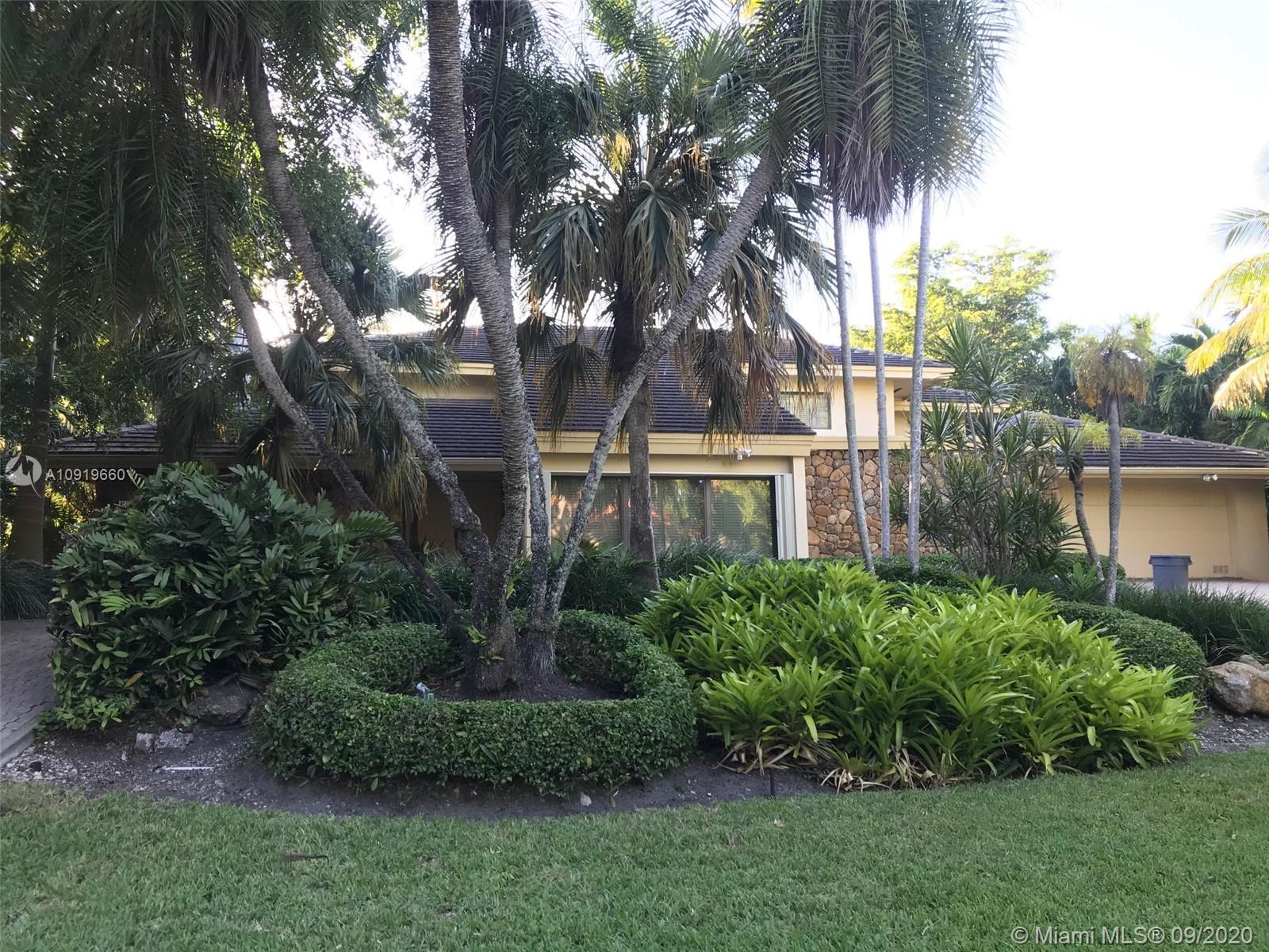 7130  Mira Flores Ave  For Sale A10919660, FL
