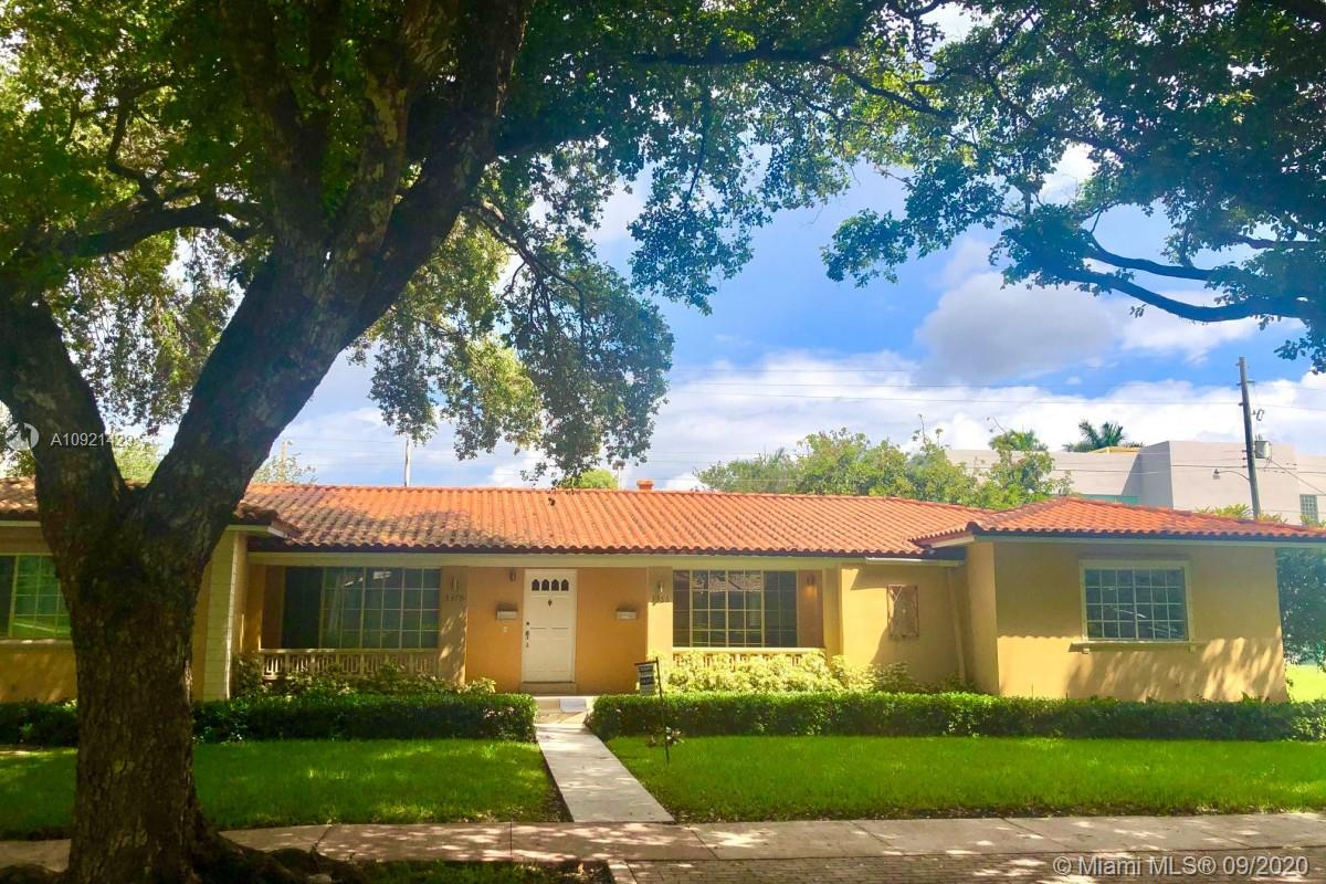 5366  Orduna Dr  For Sale A10921429, FL