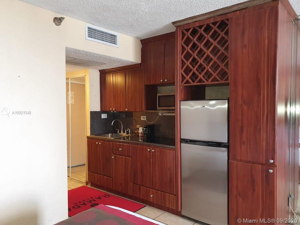 19201  Collins Ave #428 For Sale A10921548, FL