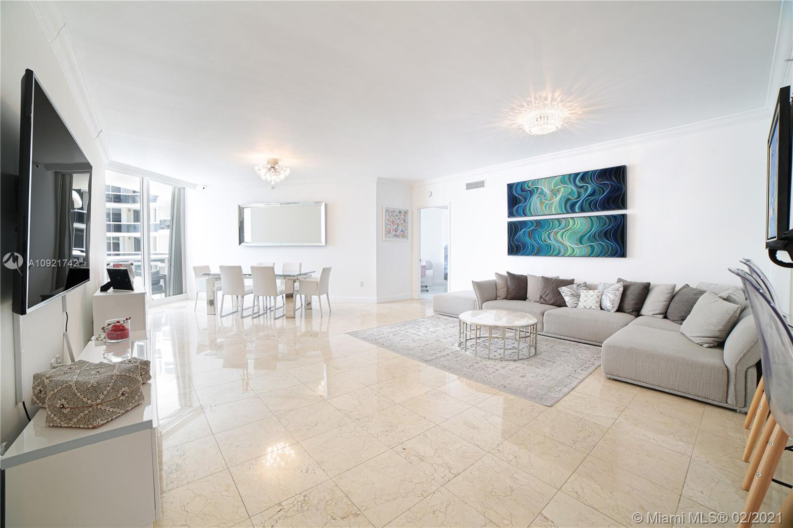 9595  Collins Ave #N9-D For Sale A10921742, FL