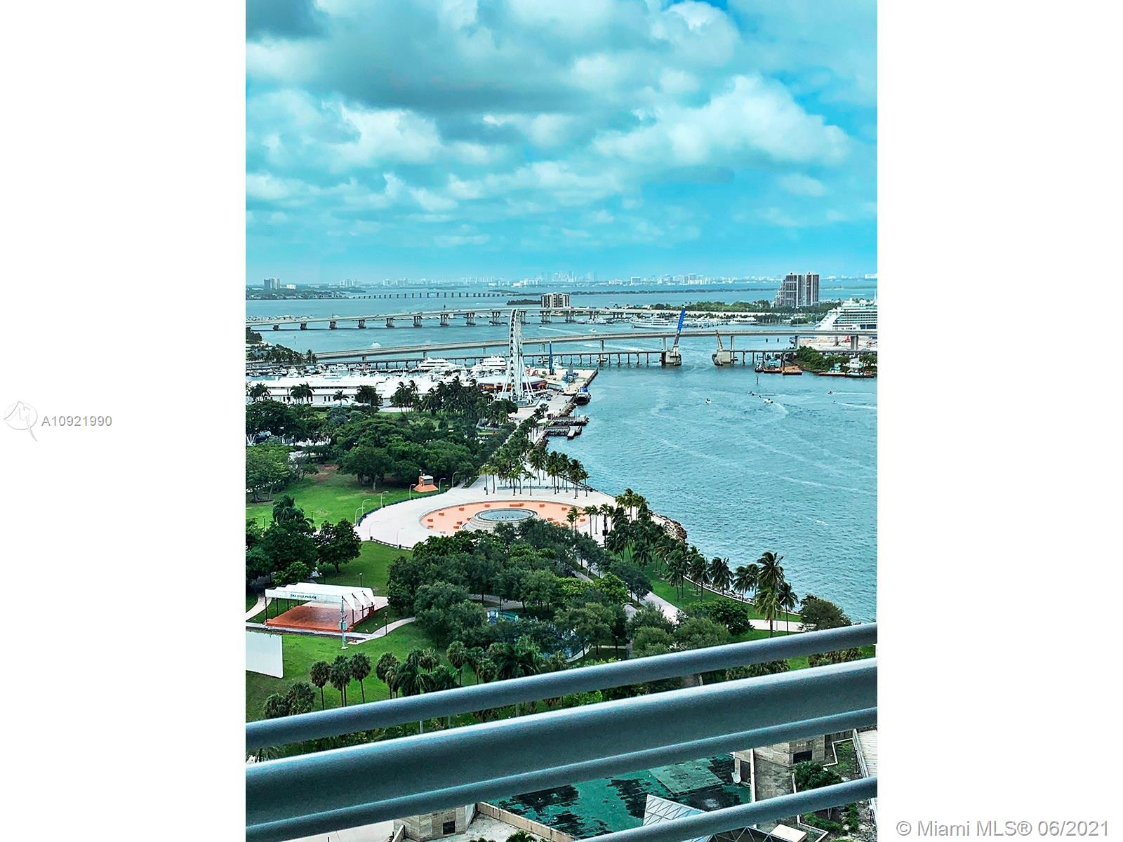 Priced to sell. Beautiful 1 bed 1 bath condo at The One Miami. Experience Downtown living with a fabulous view of Biscayne Bay and Brickell skyline from the 26th Floor. HOA dues include basic cable TV, internet, and water. Enjoy full service of Resort Style amenities 2 gyms, 2 pools and Jacuzzi, 2 Party Rooms, Mini Market, 24-Hour Security, Concierge and Valet, Sun Deck and Spa, Fitness Center, Conference Room and Restaurants.