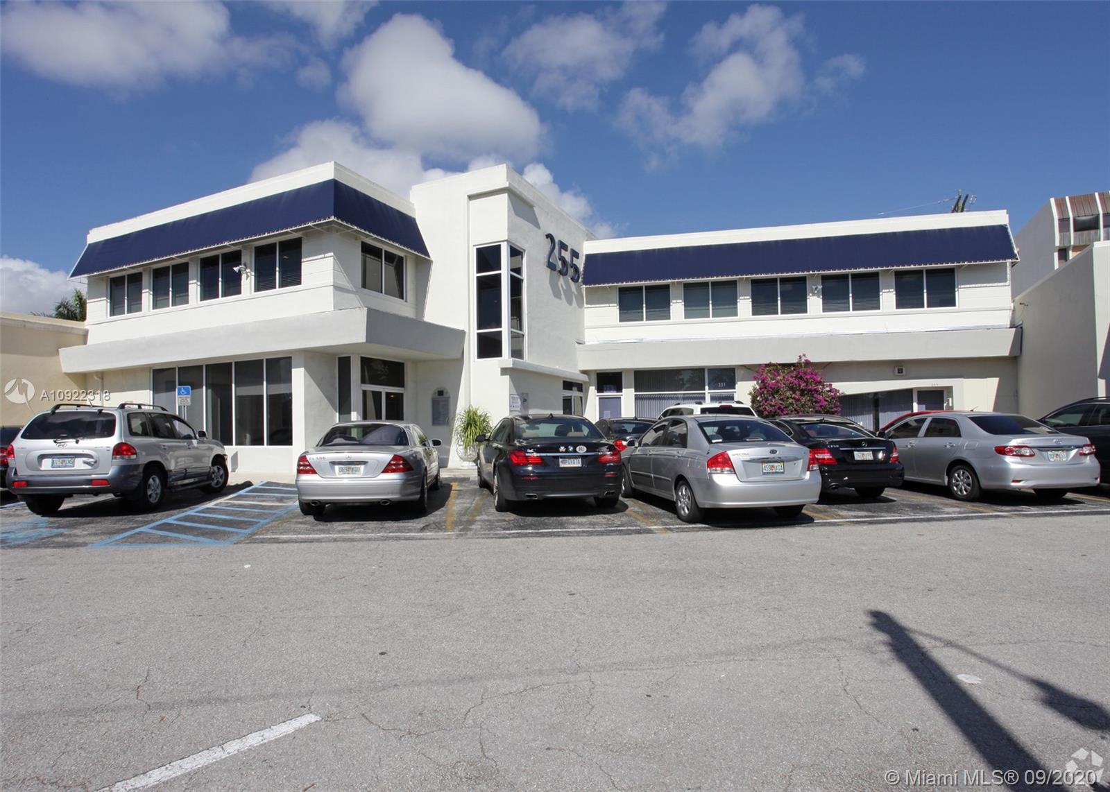255  University Dr  For Sale A10922318, FL