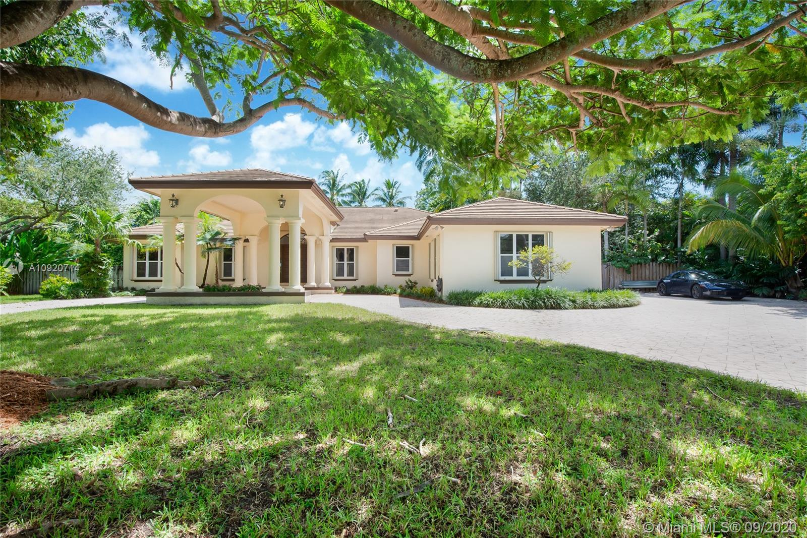 7665 SW 73rd Pl  For Sale A10920714, FL