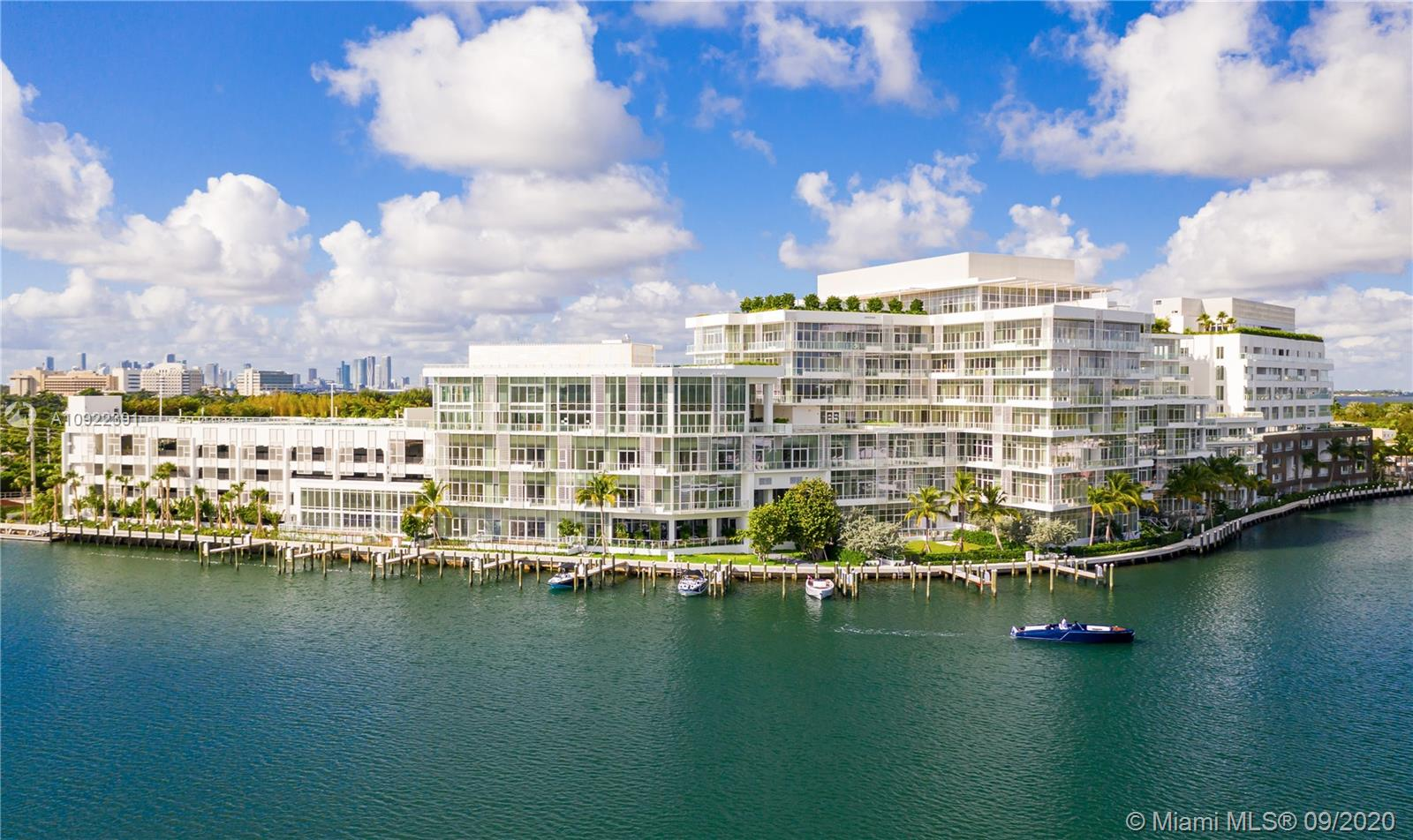 4701  Meridian Ave #206 For Sale A10922391, FL