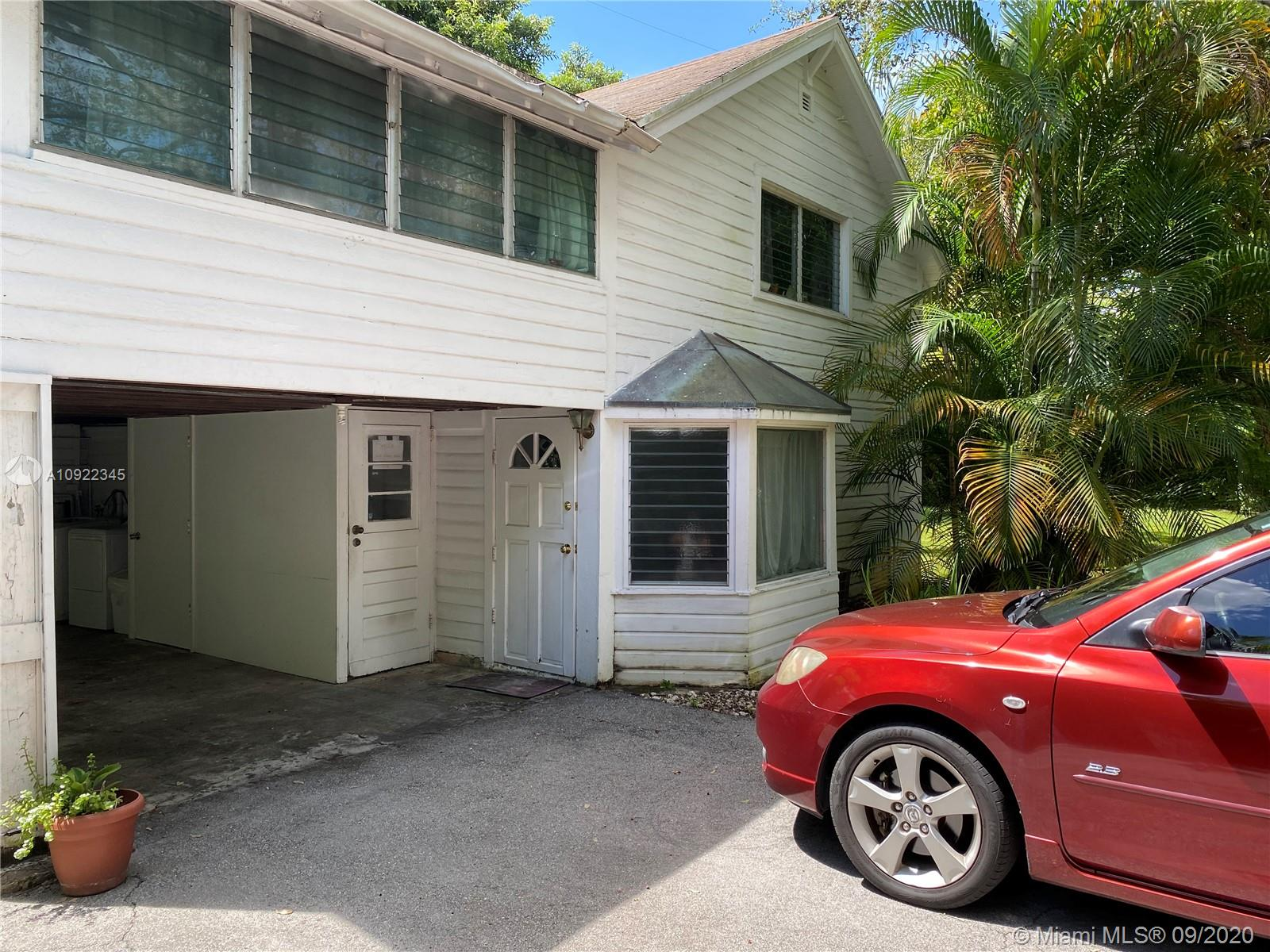 7222 SW 53rd Ave #Garage For Sale A10922345, FL