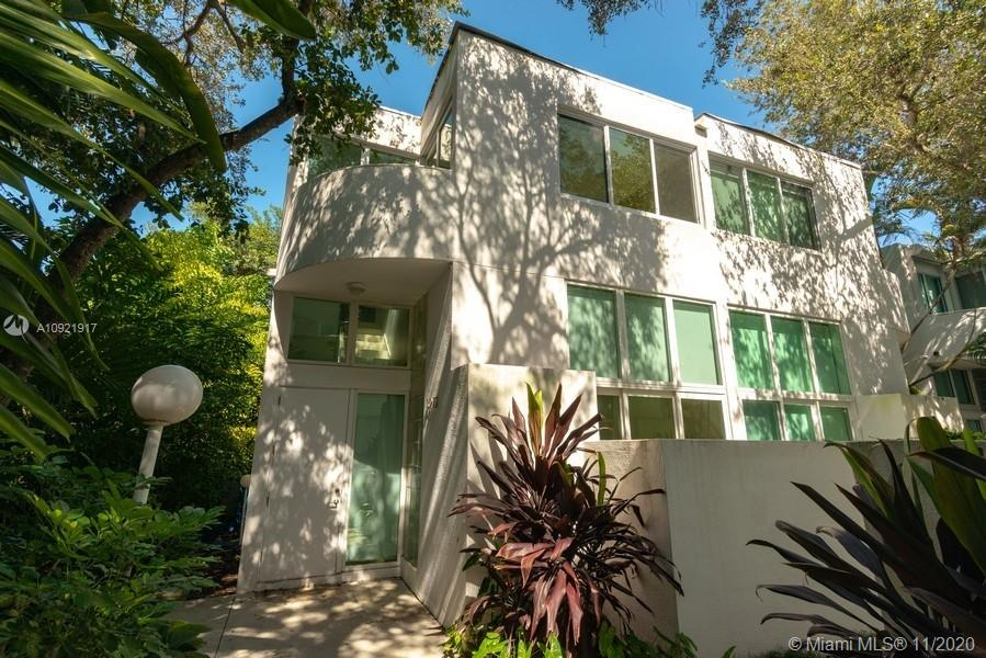 3272  Virginia St #A-1 For Sale A10921917, FL