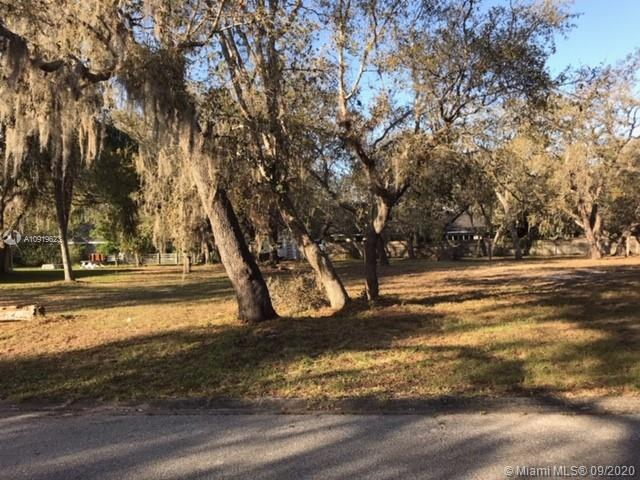 Yorkshire Ln  For Sale A10919623, FL