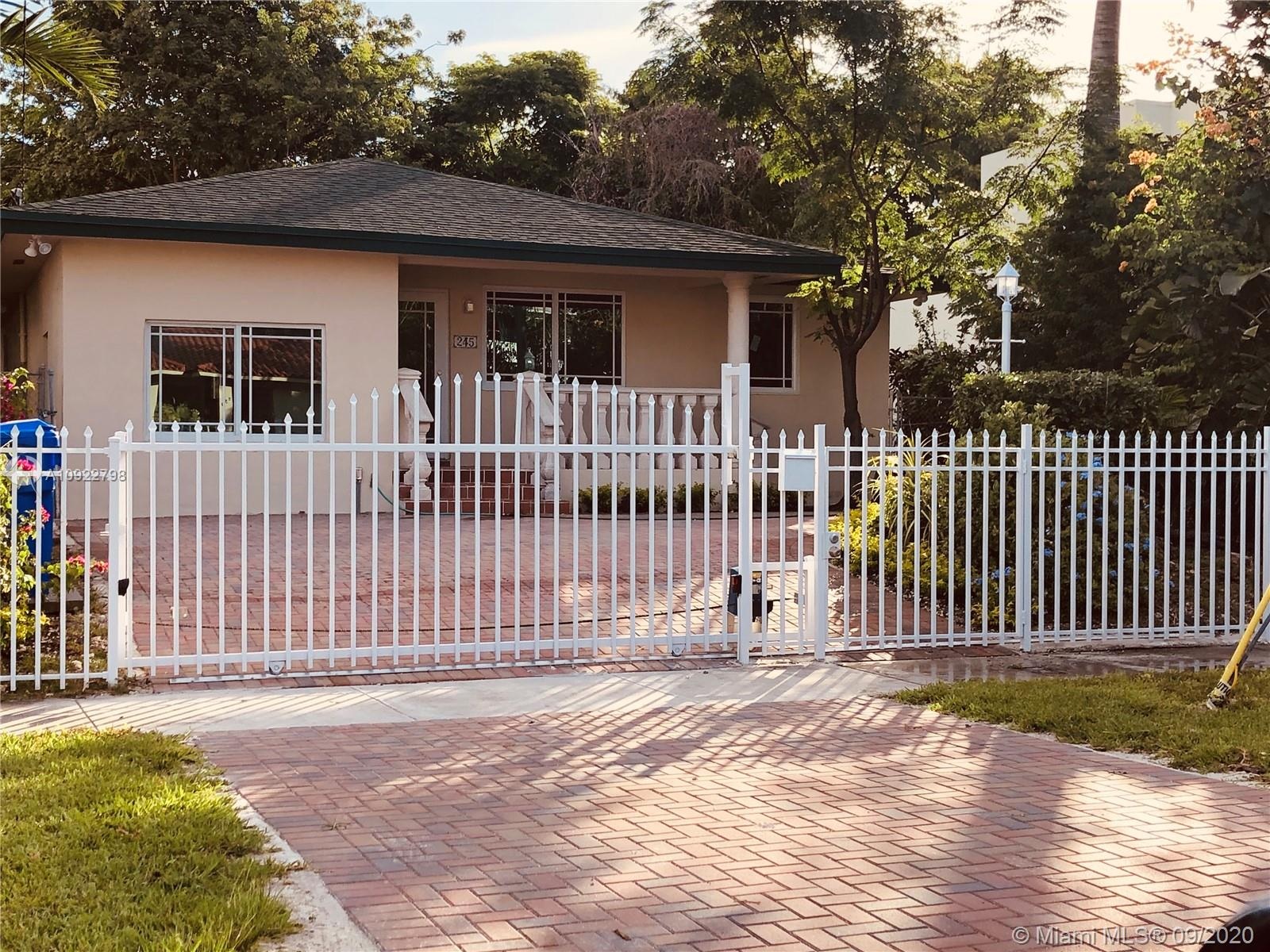 245 SW 21st Rd  For Sale A10922798, FL