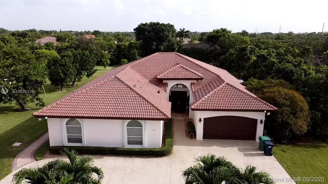 15500 SW 272nd St  For Sale A10922316, FL